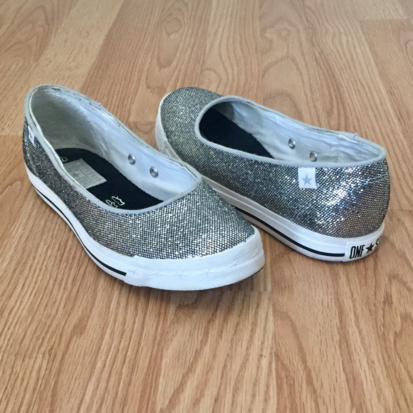 a361b3b49146 Converse Shoes - Converse One Star Silver Slip-Ons